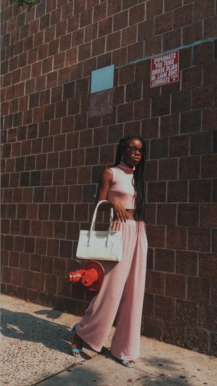 Millennial Pink summer outfit