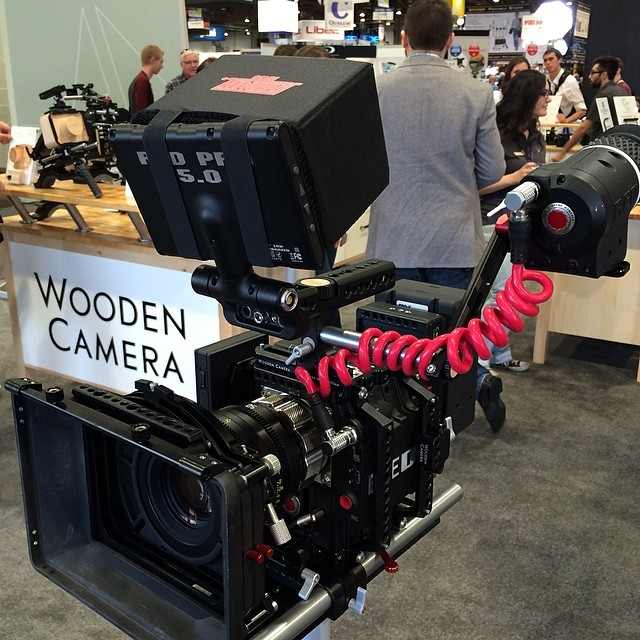 Wrap up your EVF with @woodencamera 's new UVF mount and our new EVF/LCD cables! #r3d #nab2014 #nabshow #woodencamera #redepic