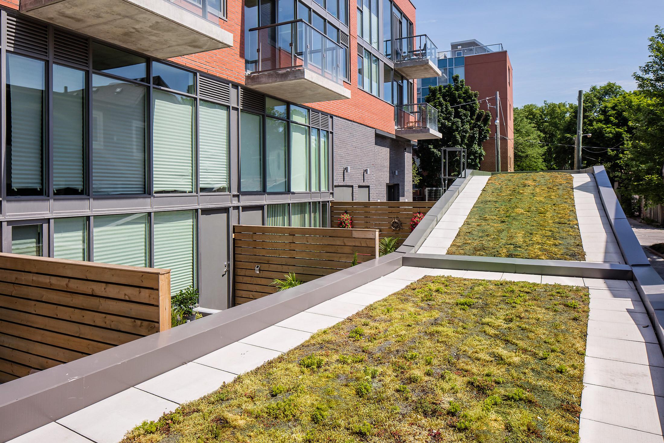 Beach Club Condo   - Quadrangle Architects
