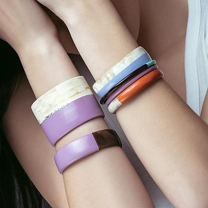 bracelet -