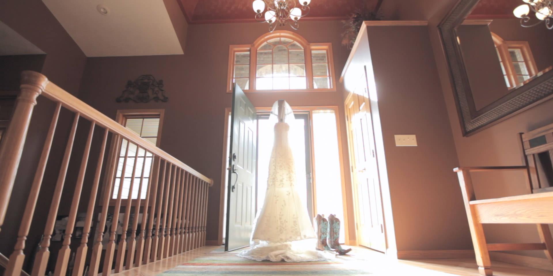 tyler&melissa wedding story.Still016.jpg