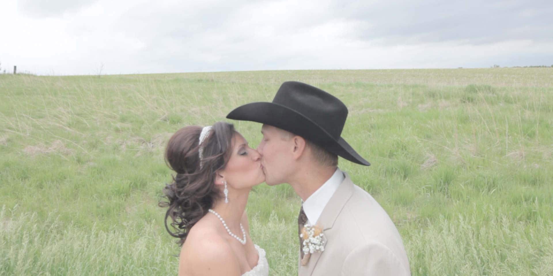 tyler&melissa wedding story.Still031.jpg