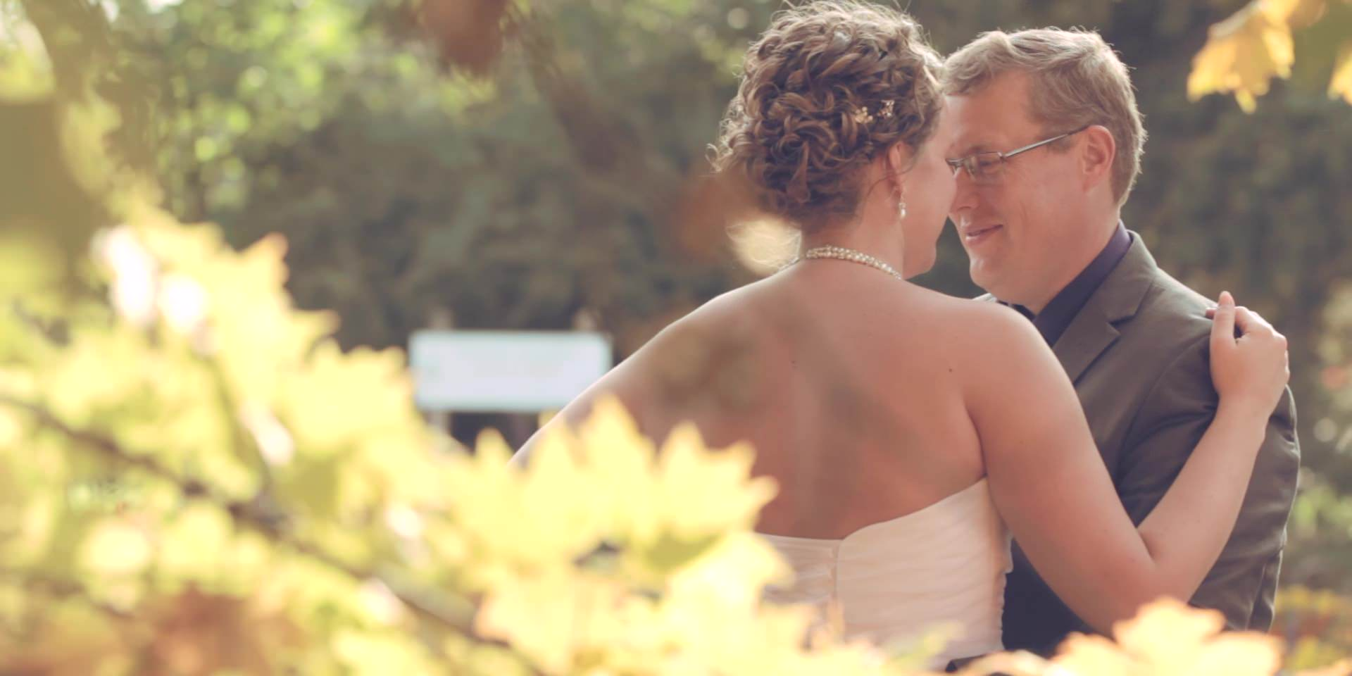 eric&lindsey wedding story.mp4-still00010.jpg