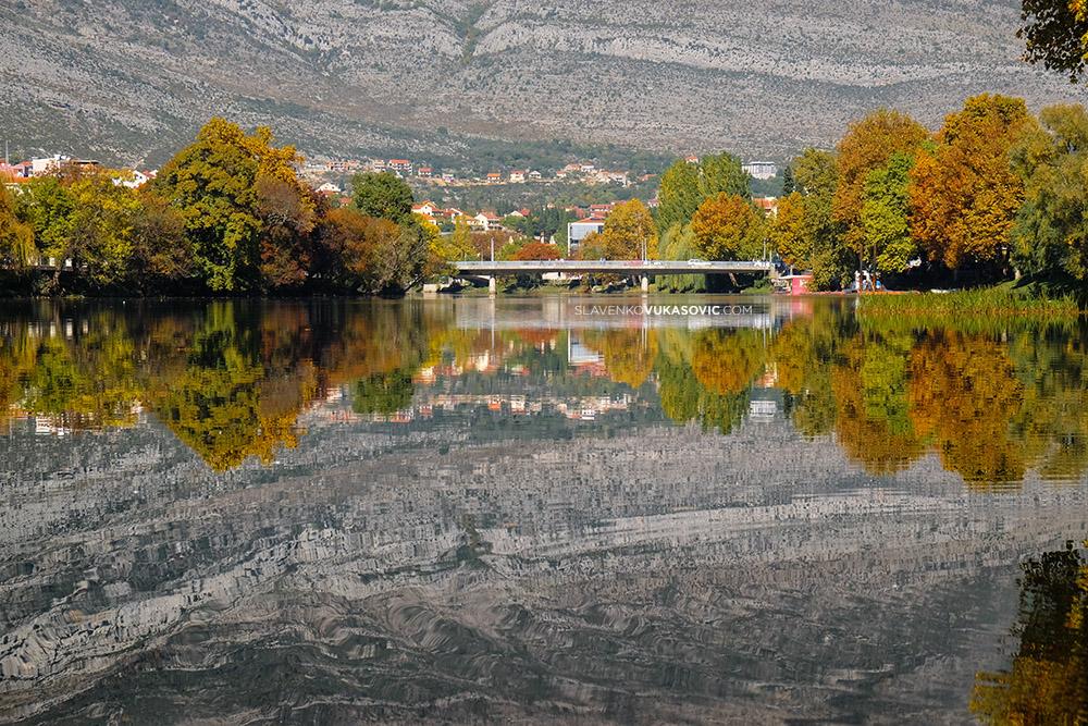 Trebisnjica - pogled na most Iva Andrica.jpg