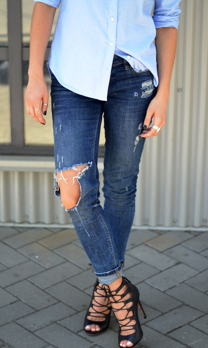 baby-blues-blue-menswear-shirt-gap-distressed-skinny-jeans-ripped-zara-lace-up-black-heels-ombre-hair-aviator-sunglasses-what-to-wear-this-weekend-easy-chic-outfit6.jpg