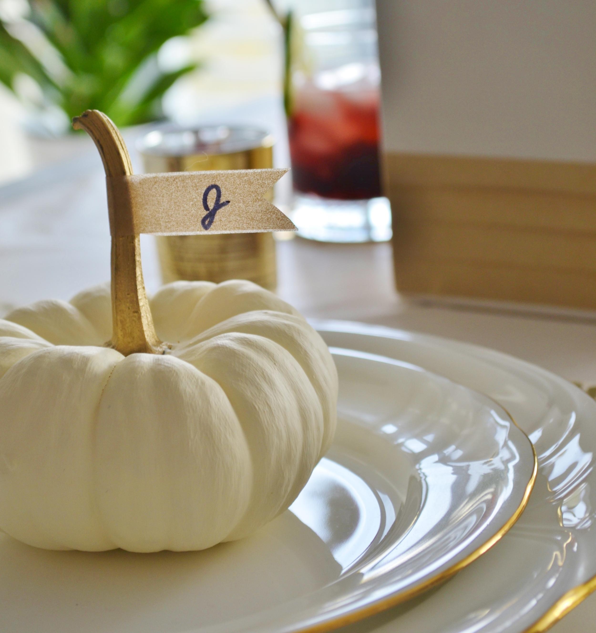 thanksgiving table setting (7).jpg