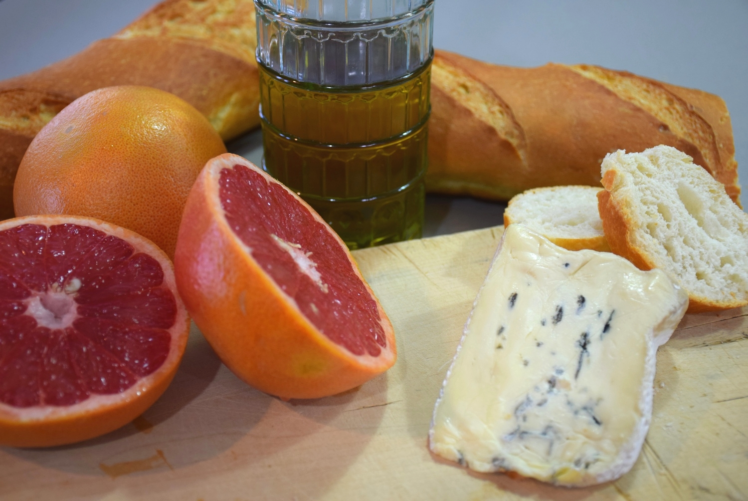 blue cheese and grapefruit croistini 1.jpg