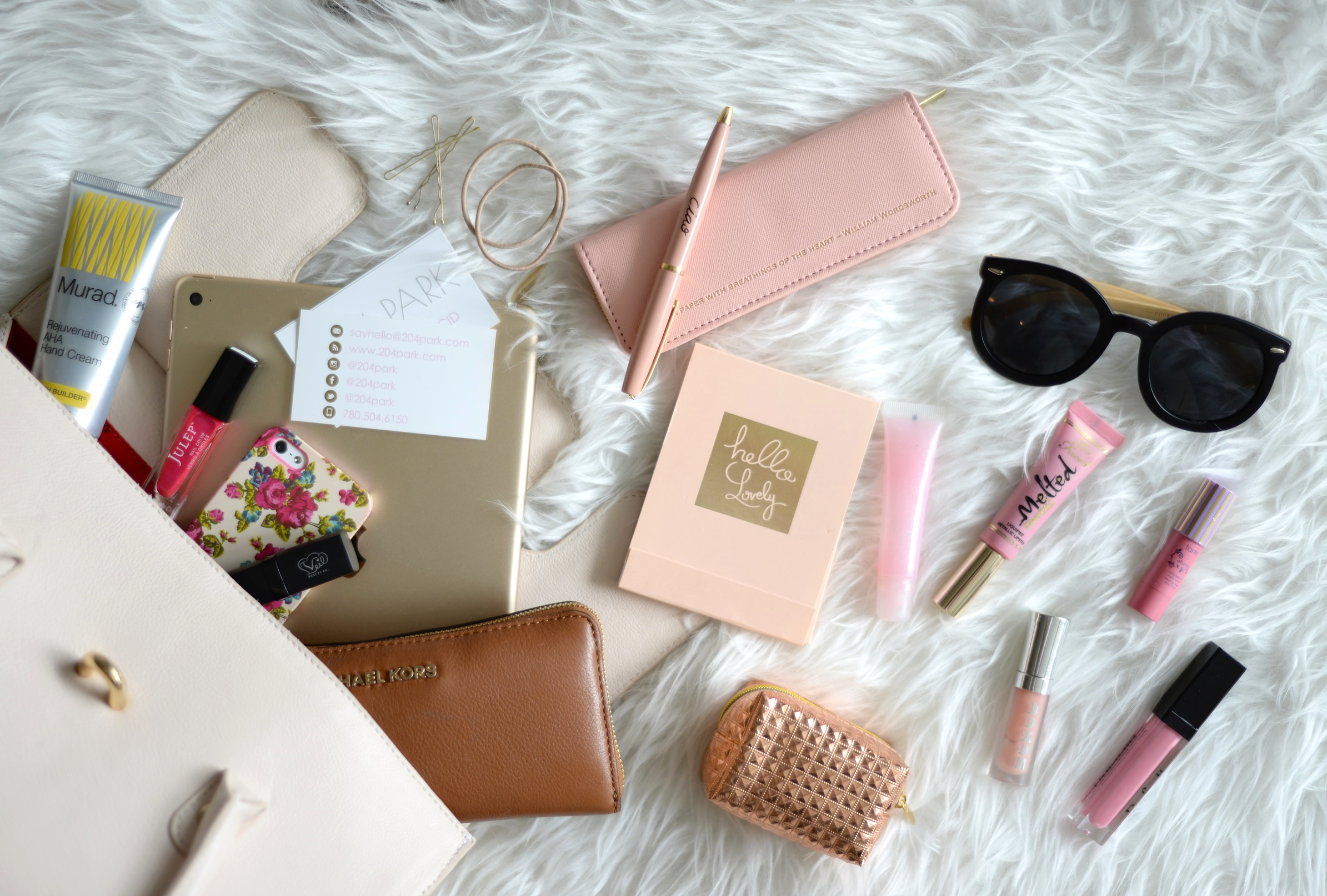 what's in my bag fashion