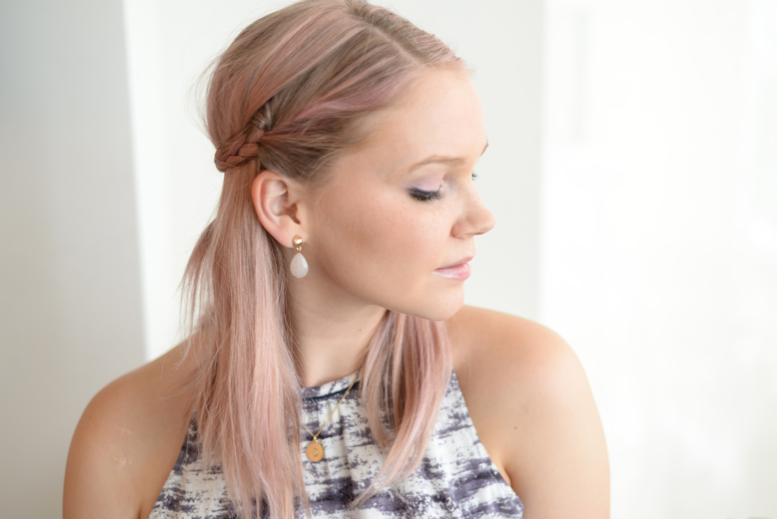 nars makeup, pastel hair
