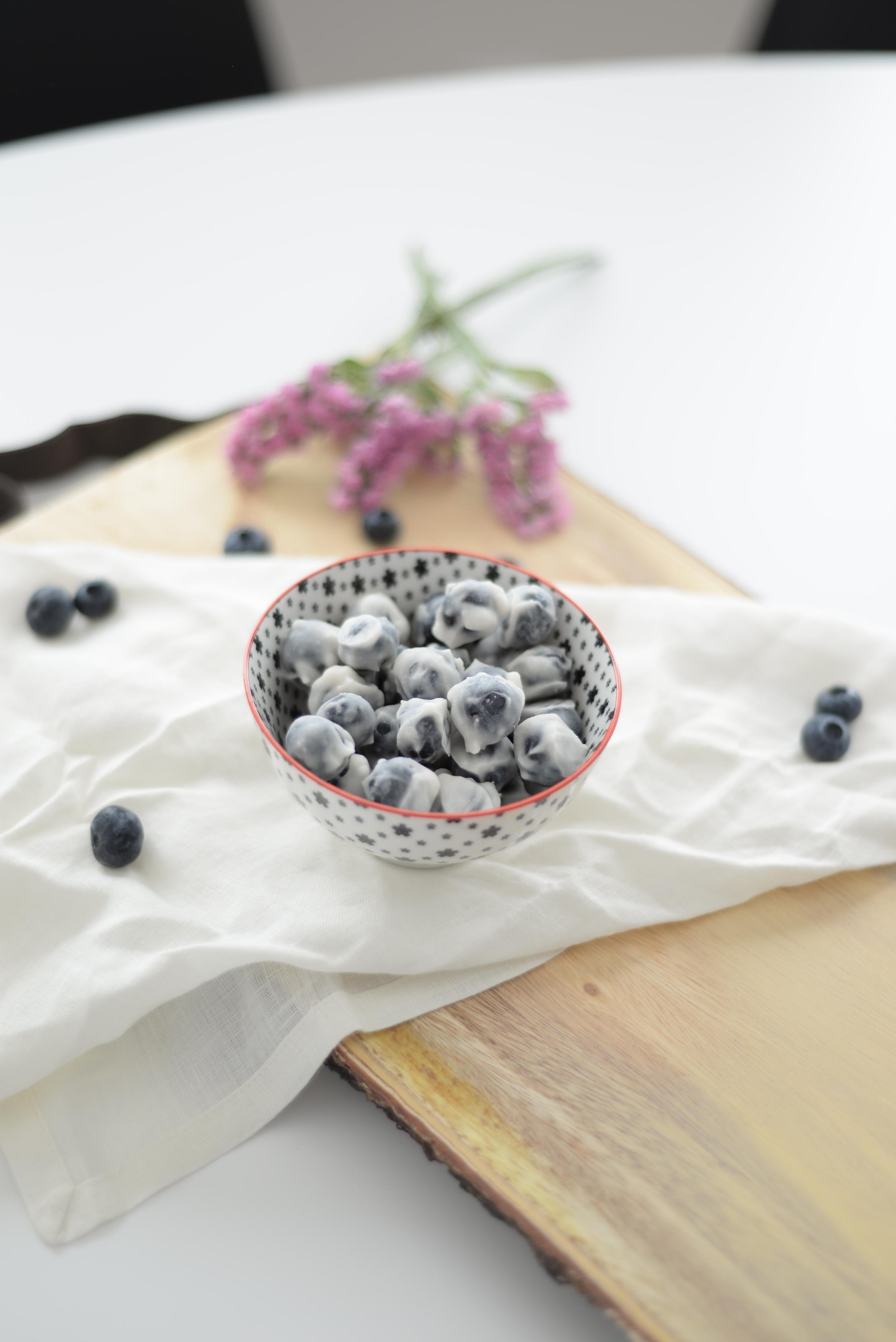 frozen blueberry snack