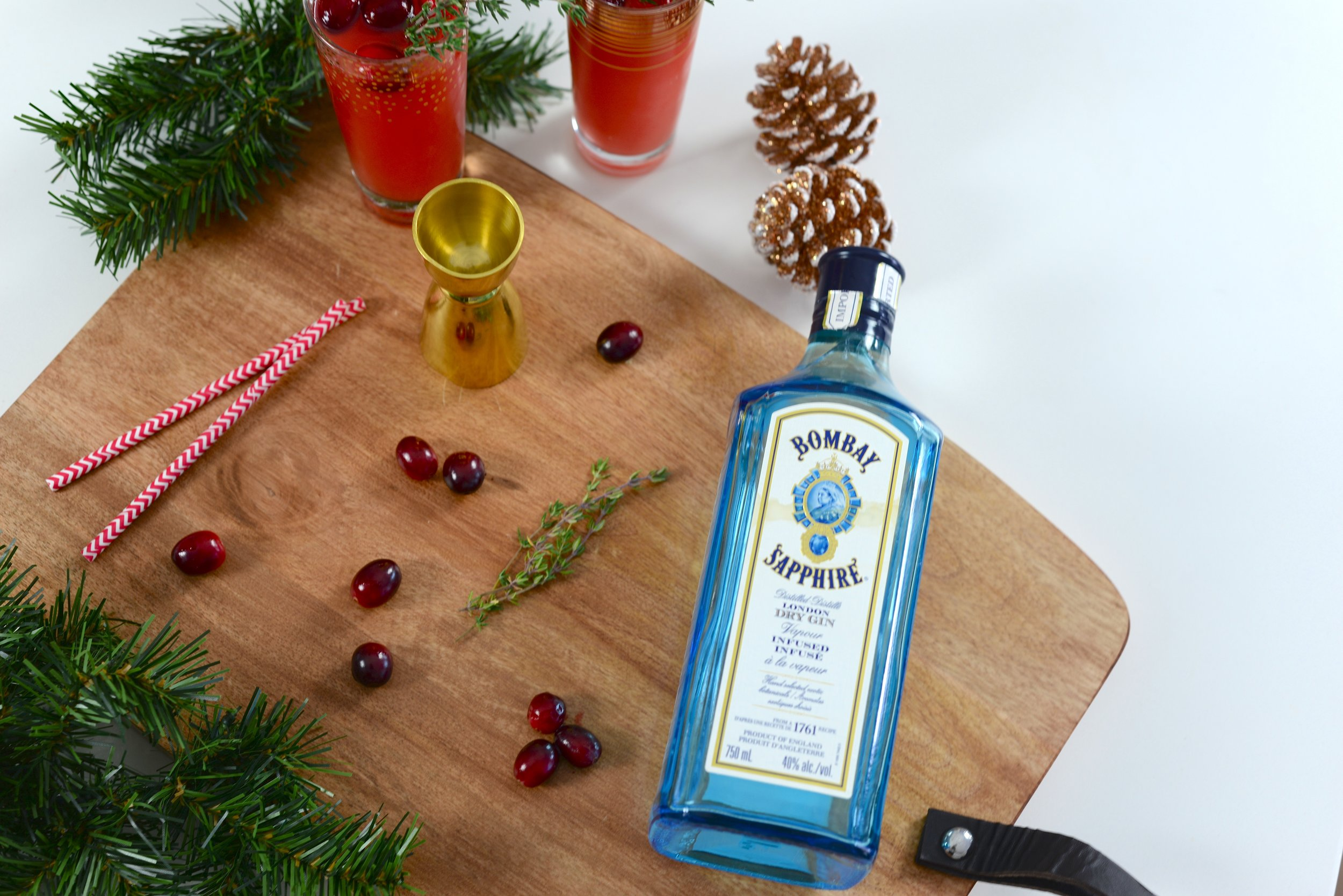 gin holiday cocktail