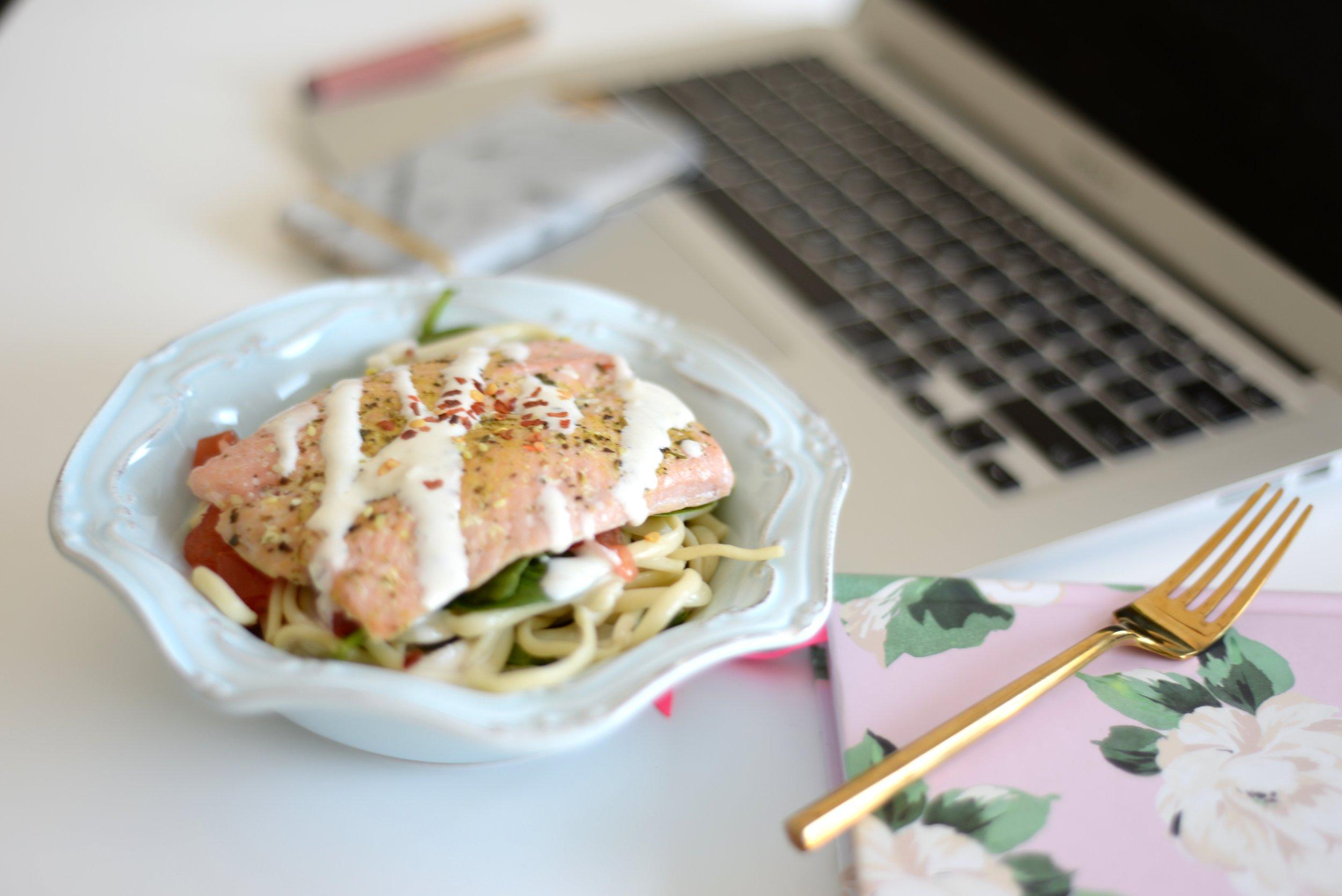 healthy salmon alfredo