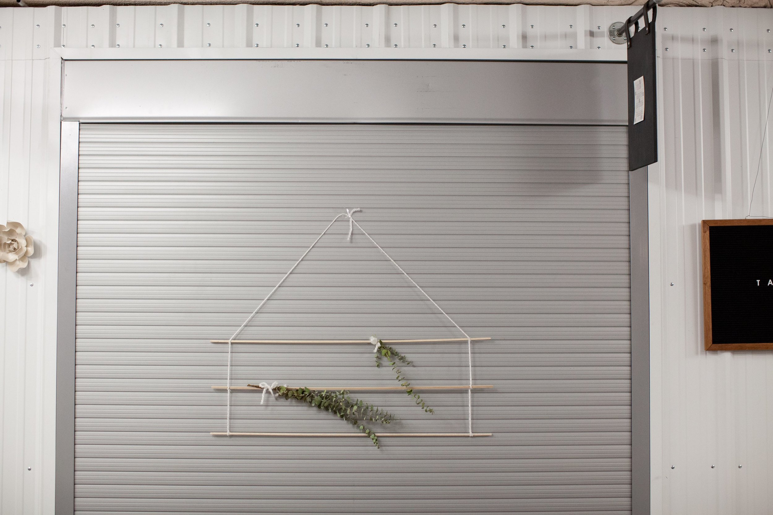 liner wall hanging
