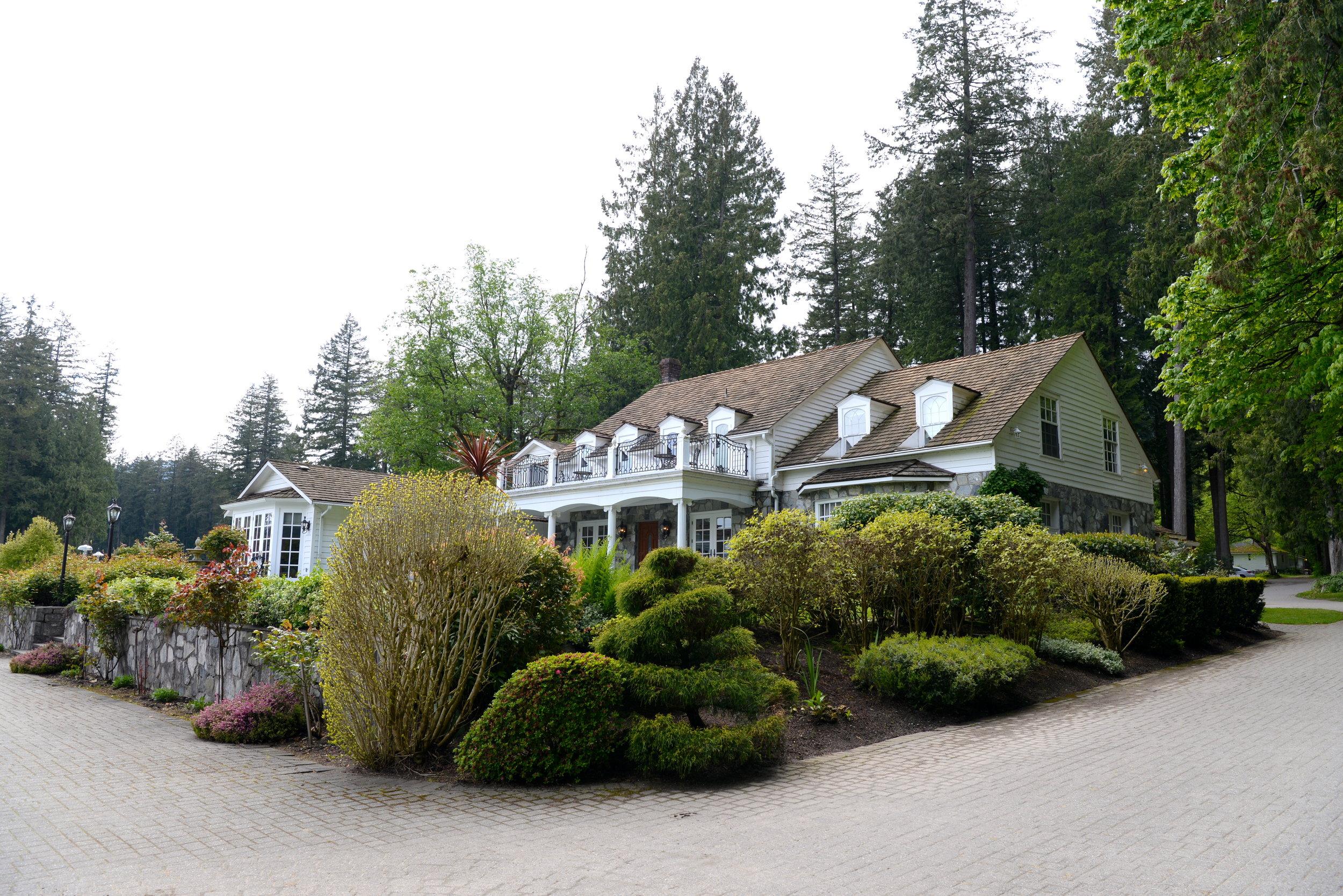 rowena's inn