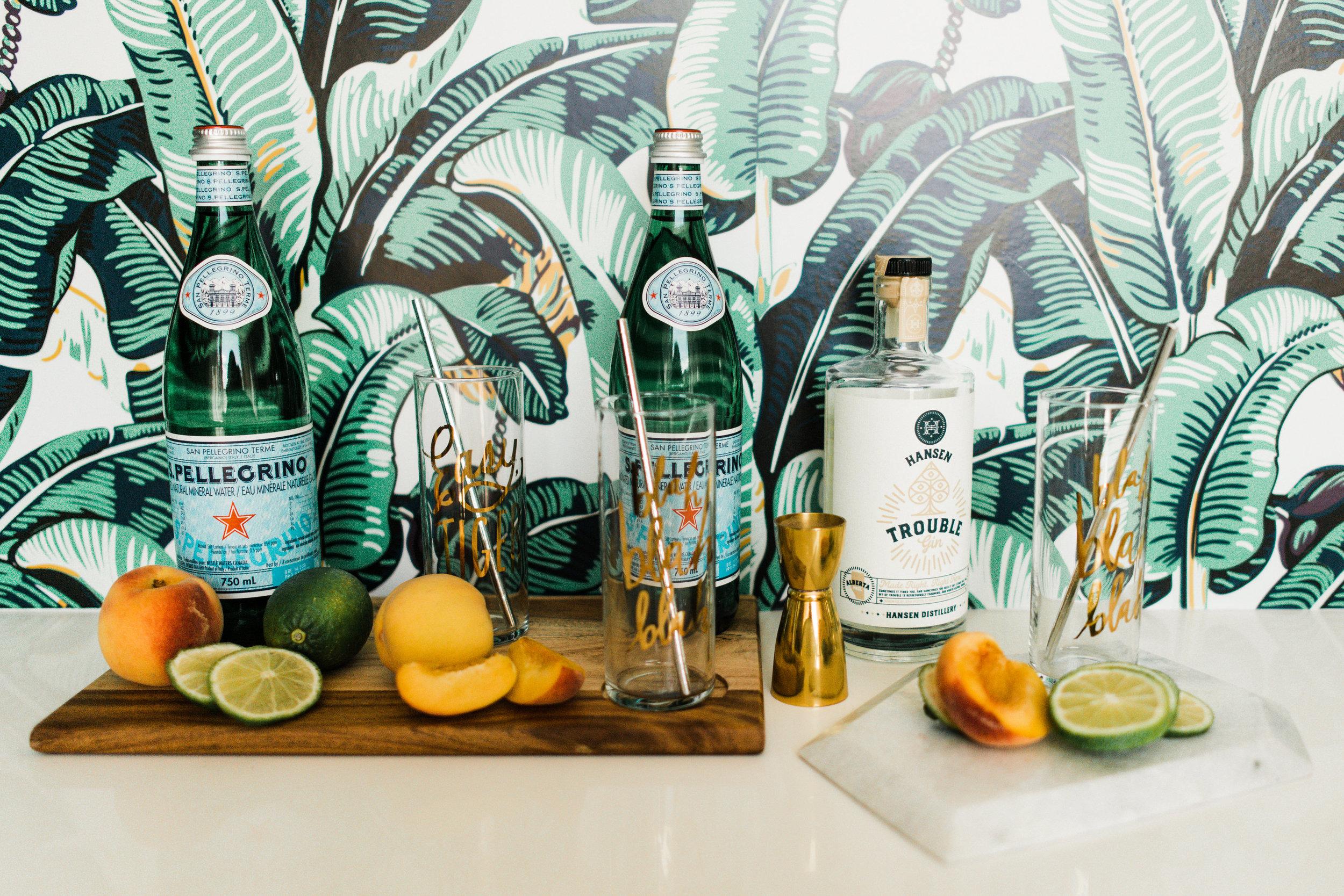 peach gin cocktail