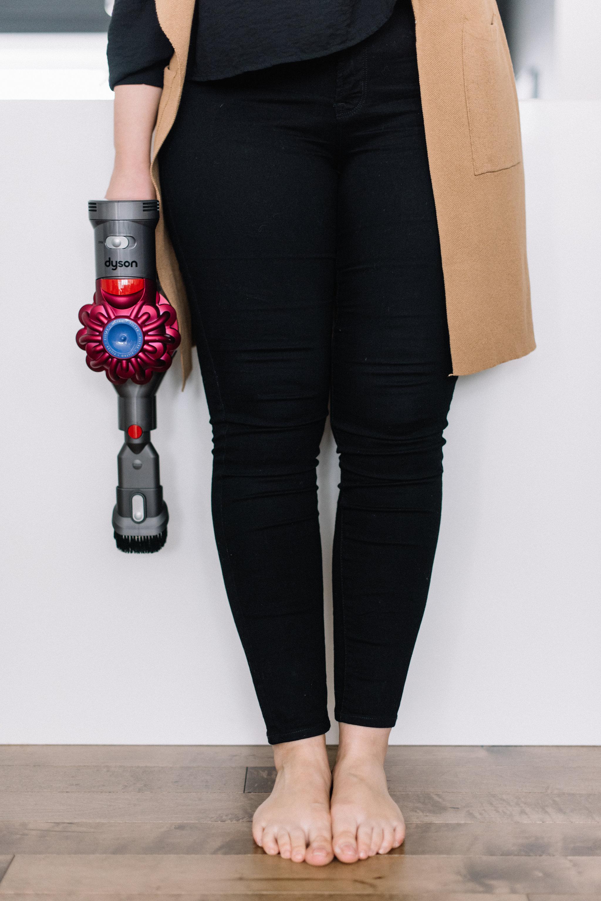 dyson v7 cordless vacuum