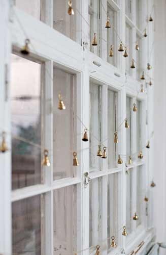 golden-bell-garlands.jpg