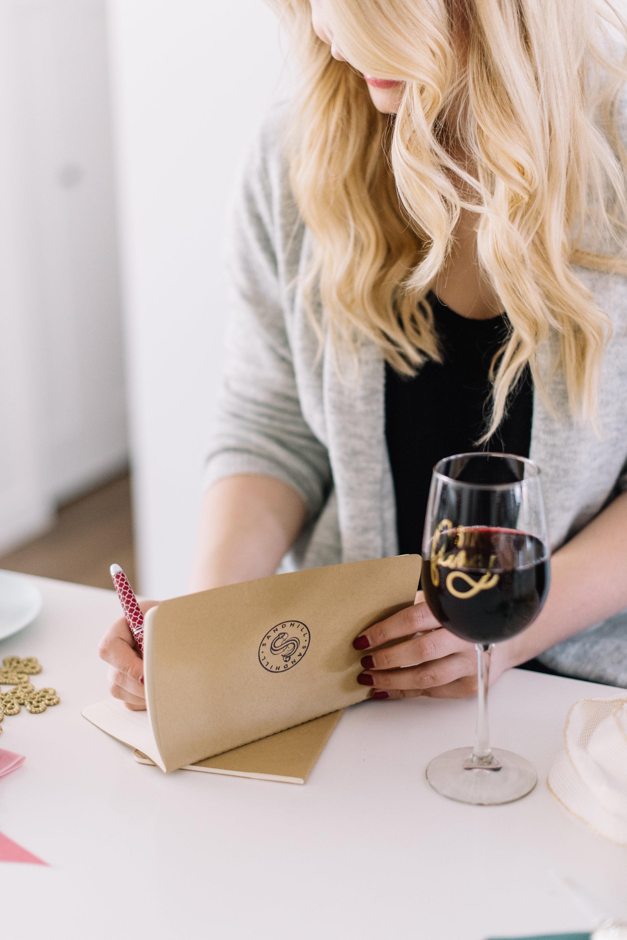 wine gift wrap DIY