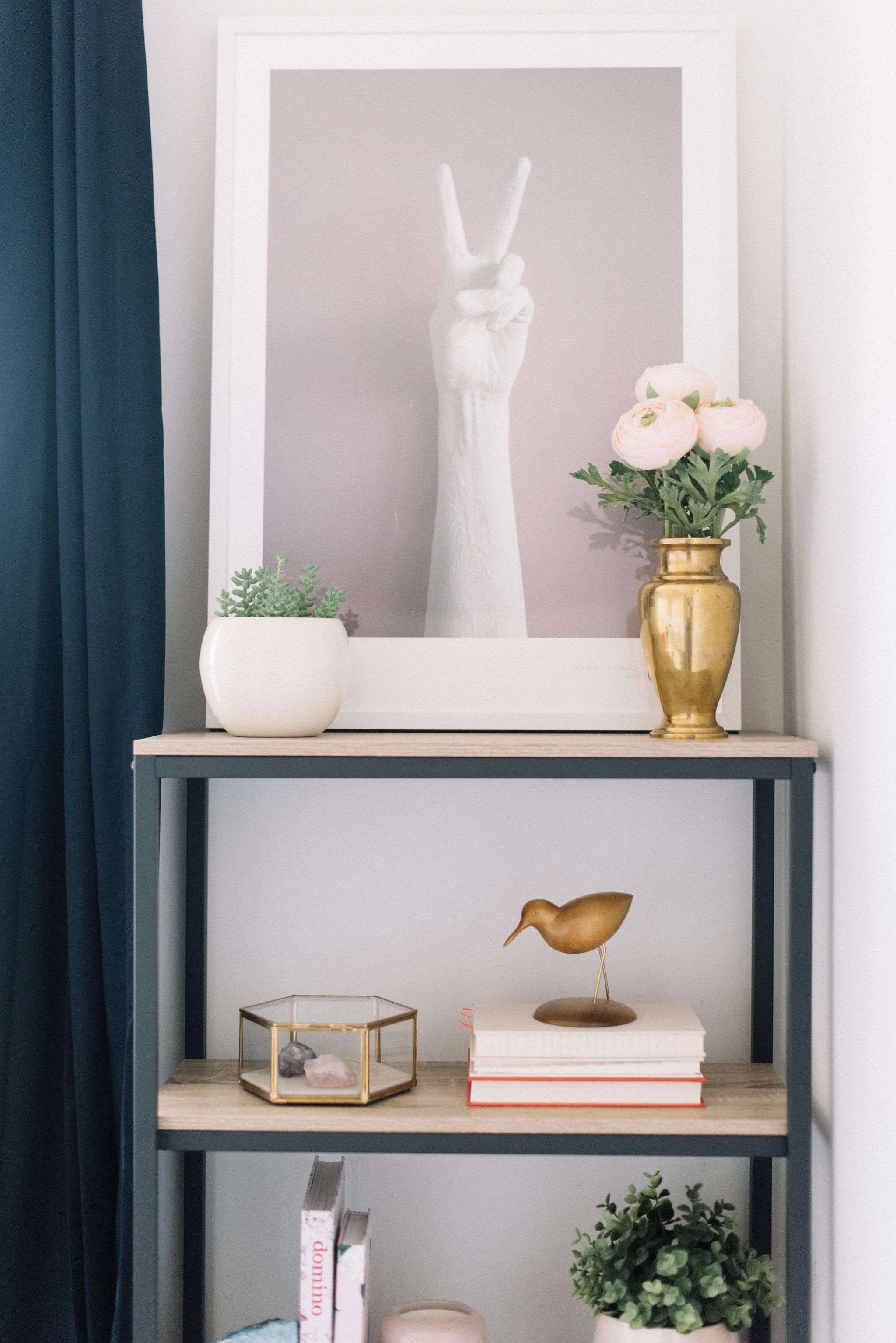 feminine modern office, shelfie styling
