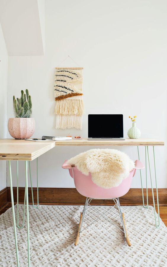 millennial pink decor accents