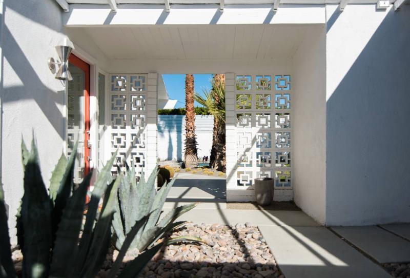 best palm springs airbnb