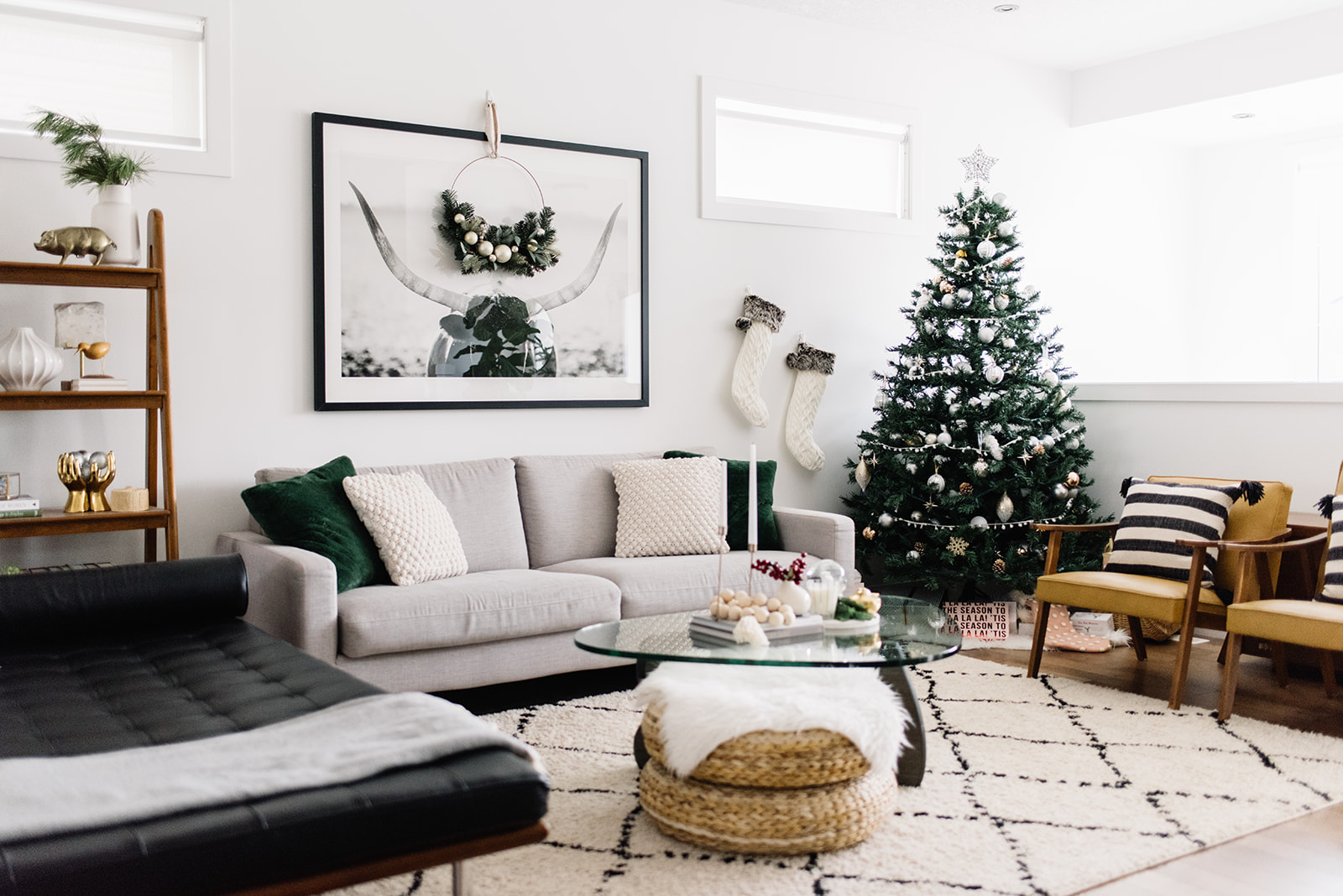 modern holiday decor