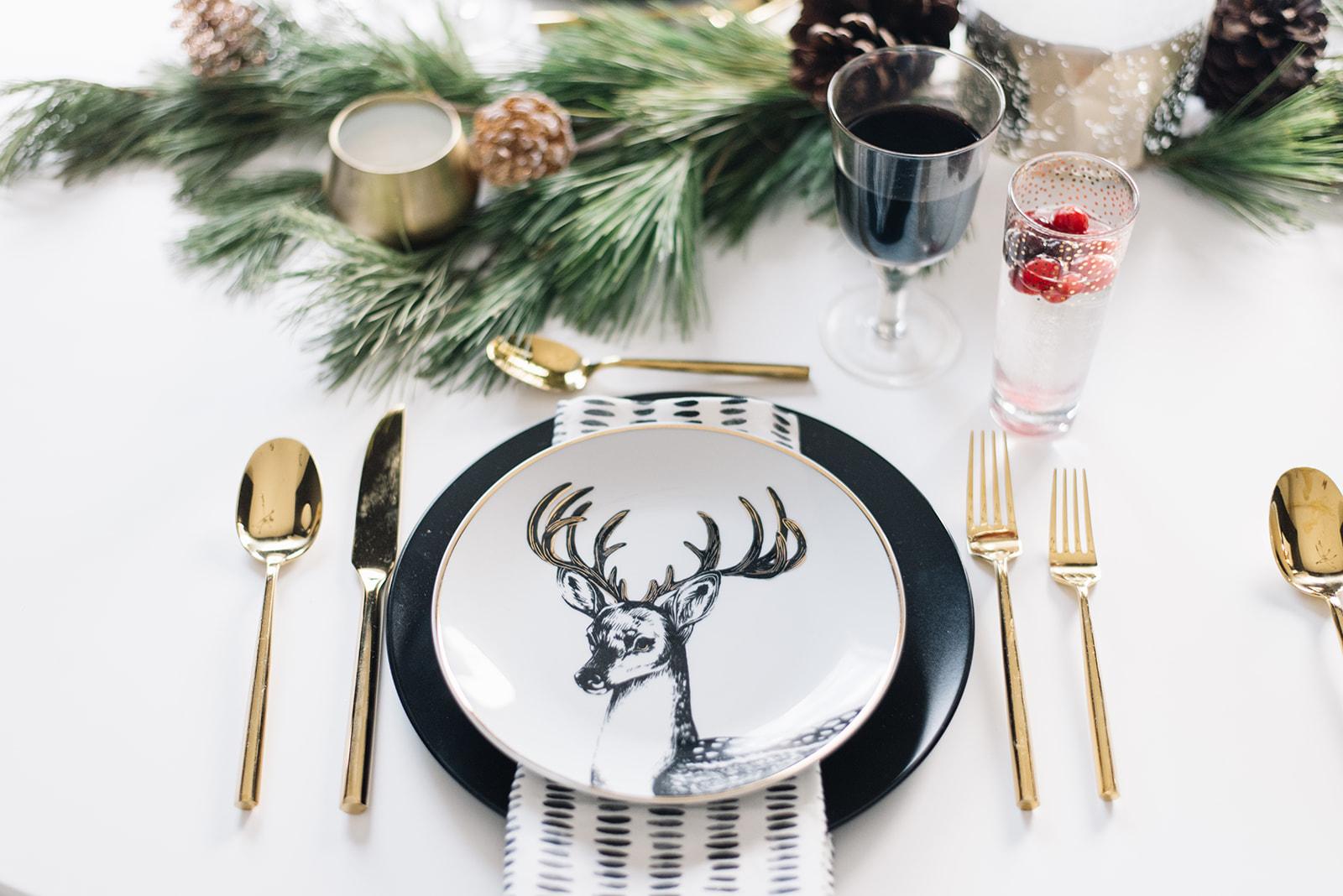 modern holiday christmas table setting