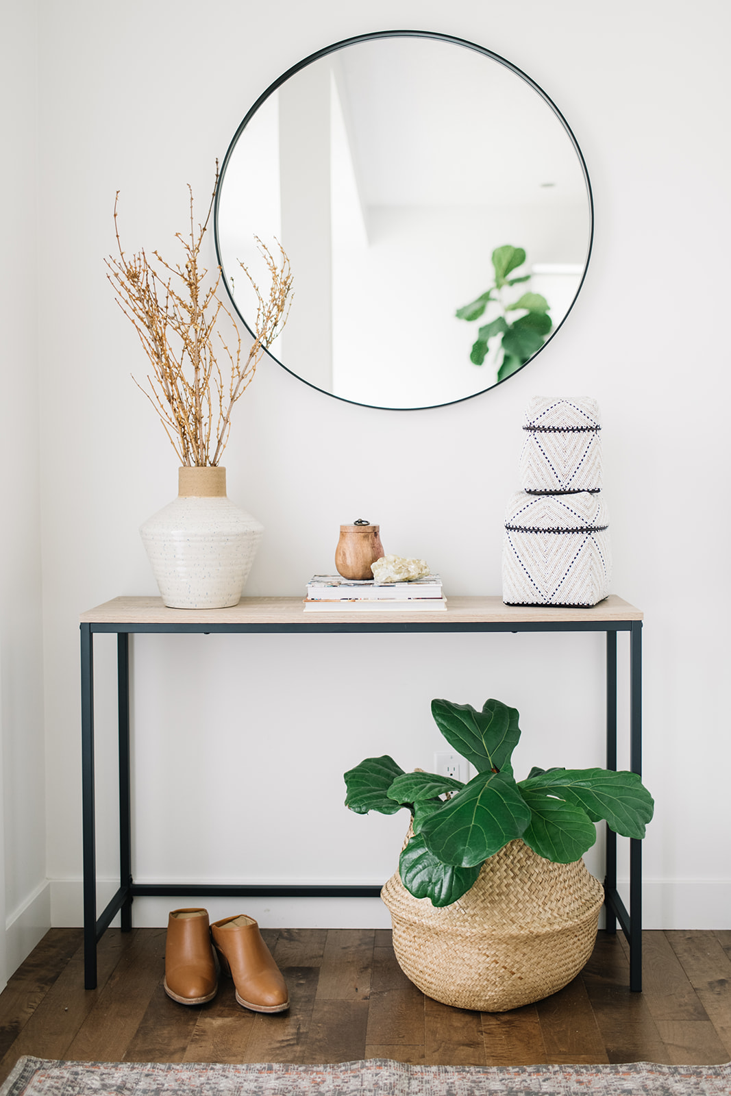 small space front entry styling