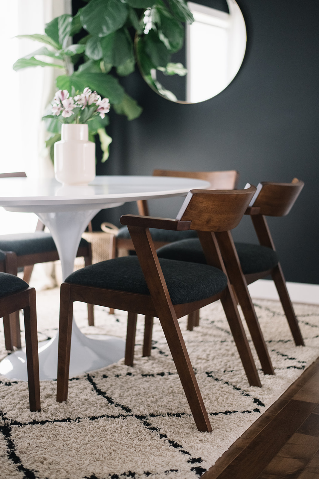 article zoya dining chair
