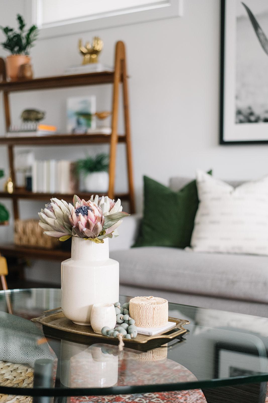 coffee table styling, noguchi coffee table
