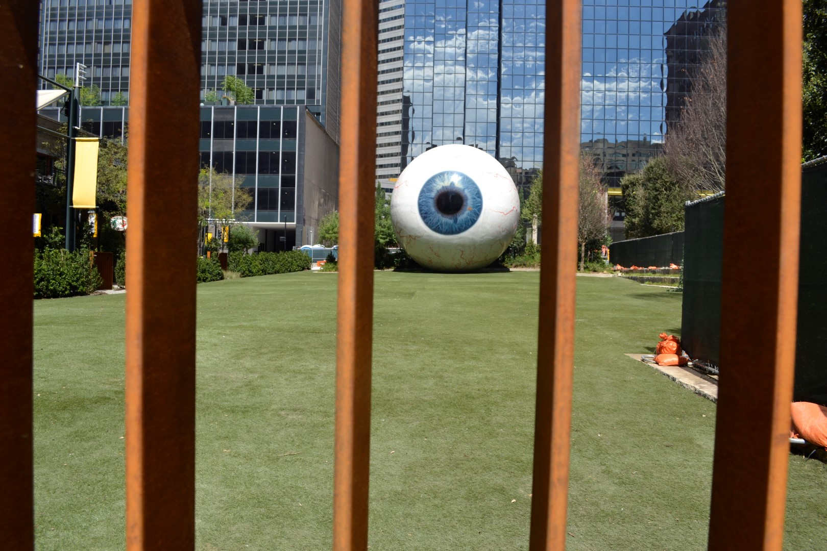 The Eye , by Tony Tassett, at the Joule Hotel, Dallas  (photo: Andy Bruner)