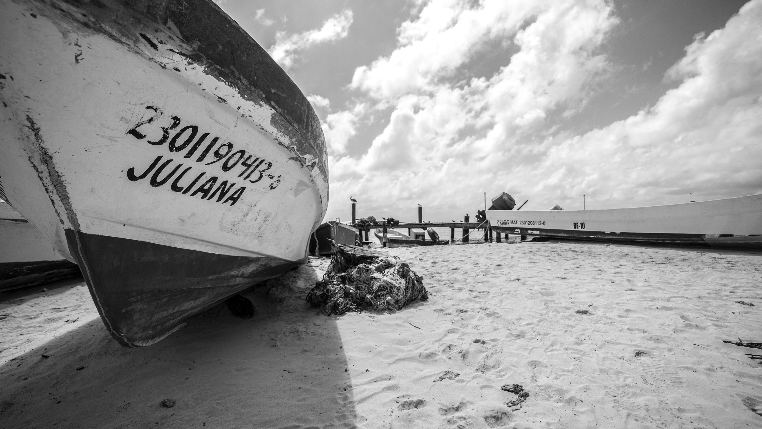 cancun black and white frankieboyphotography boats