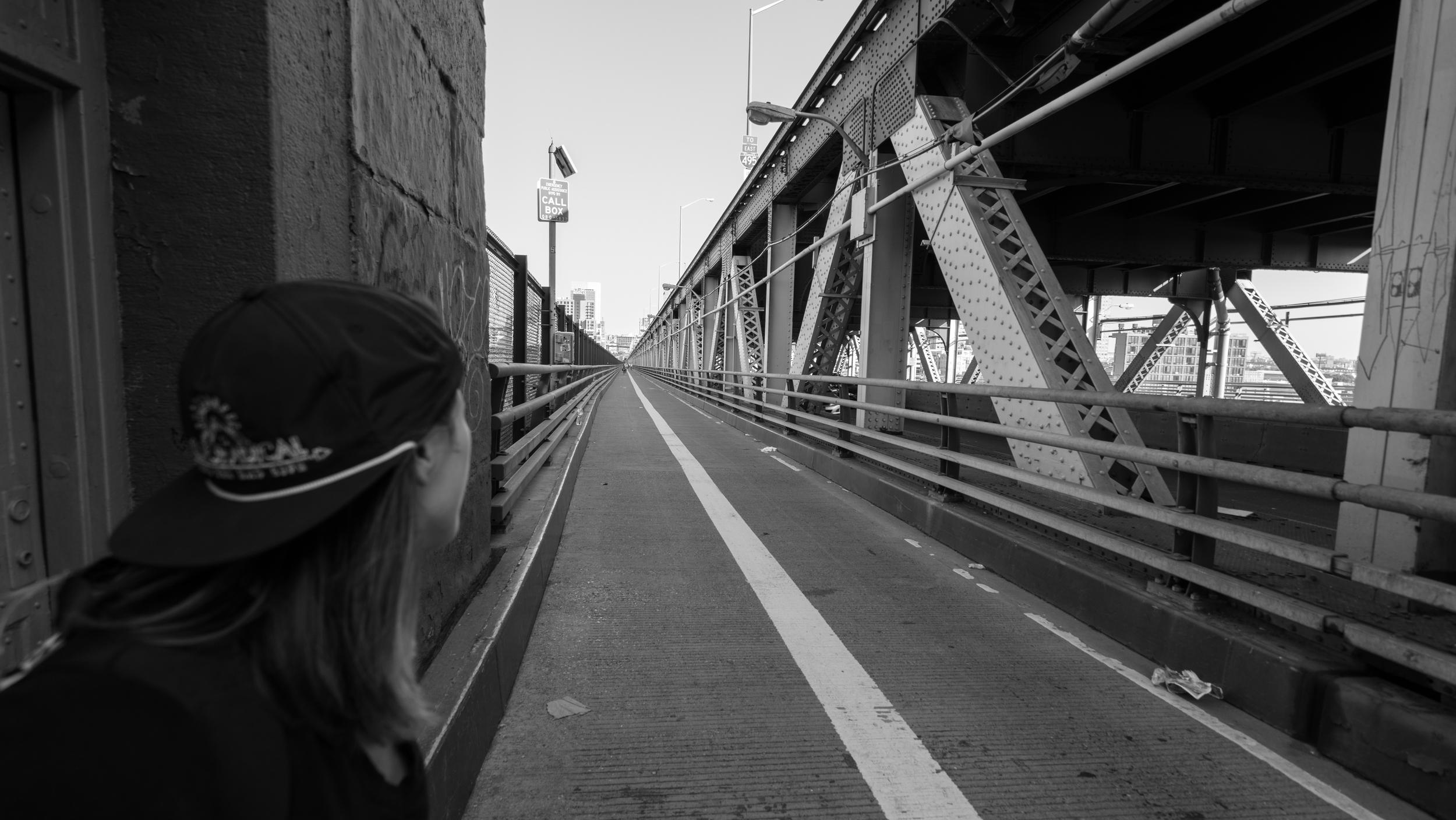 walking the queensboro bridge in NYCity