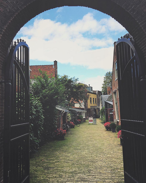 FALLING IN LOVE WITH HAARLEM, THE NETHERLANDS // IMAGE BY MEETYOUTHERE