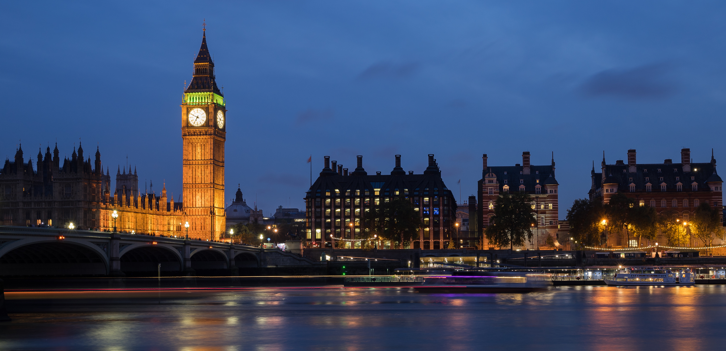 BIG BEN BY FRANKIEBOYPHOTOGRAPHY.COM // MEETYOUTHERE TRAVEL BLOG