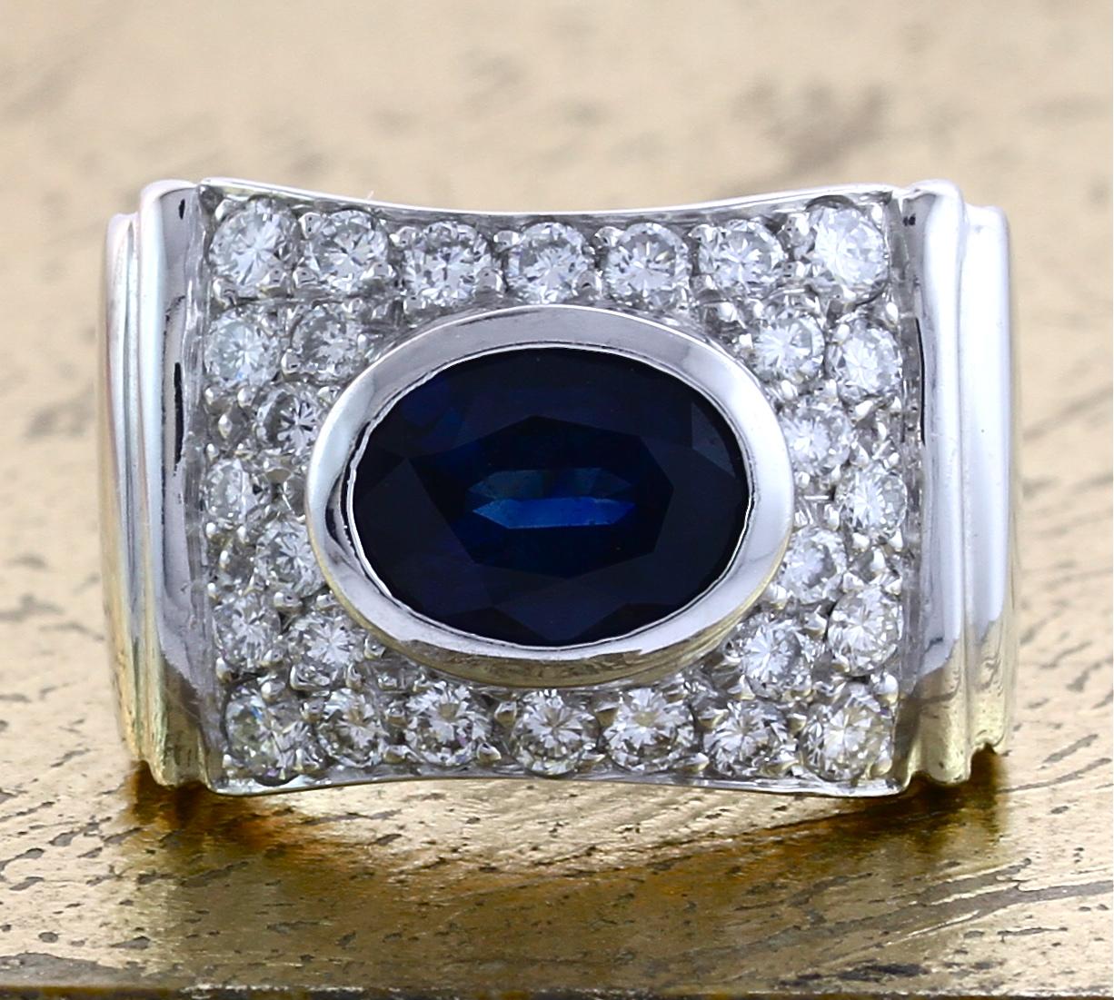 Sapphire Ring with Round Diamonds - Item No: 0010379