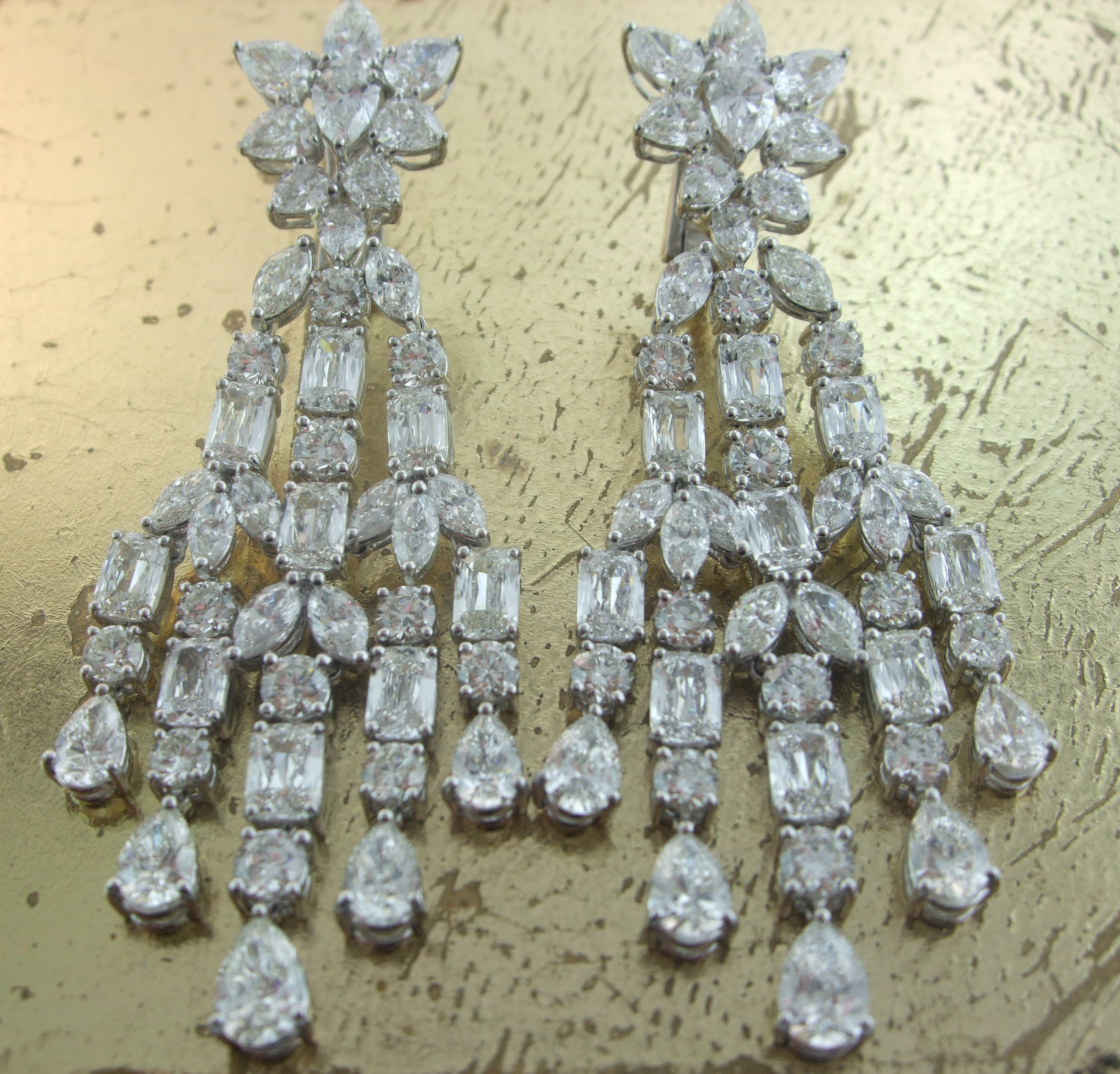 Pear Round Radiant cut Diamond Earrings - Item No: 0013739