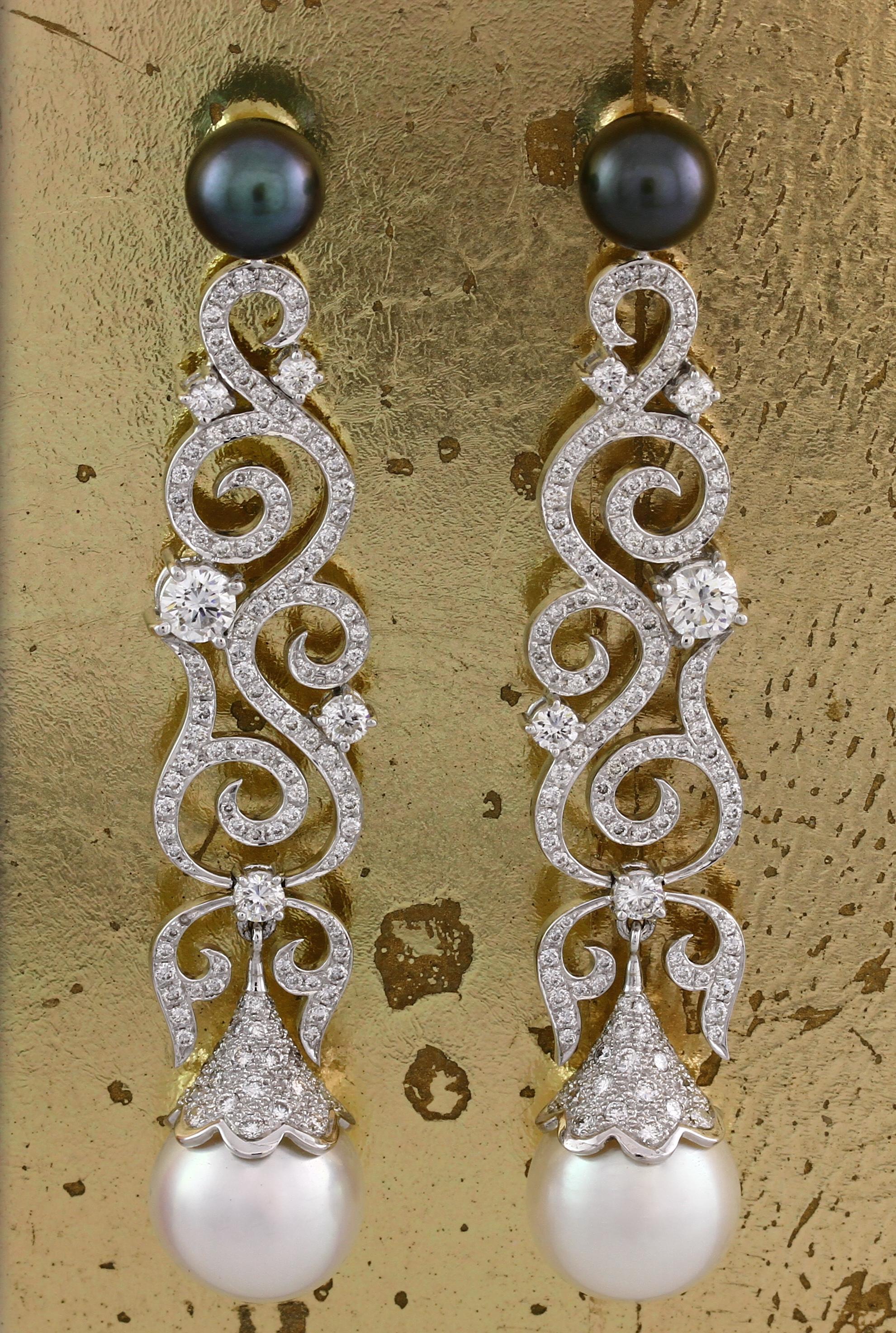 Diamond & Pearl Earrings - Item No: 0013208