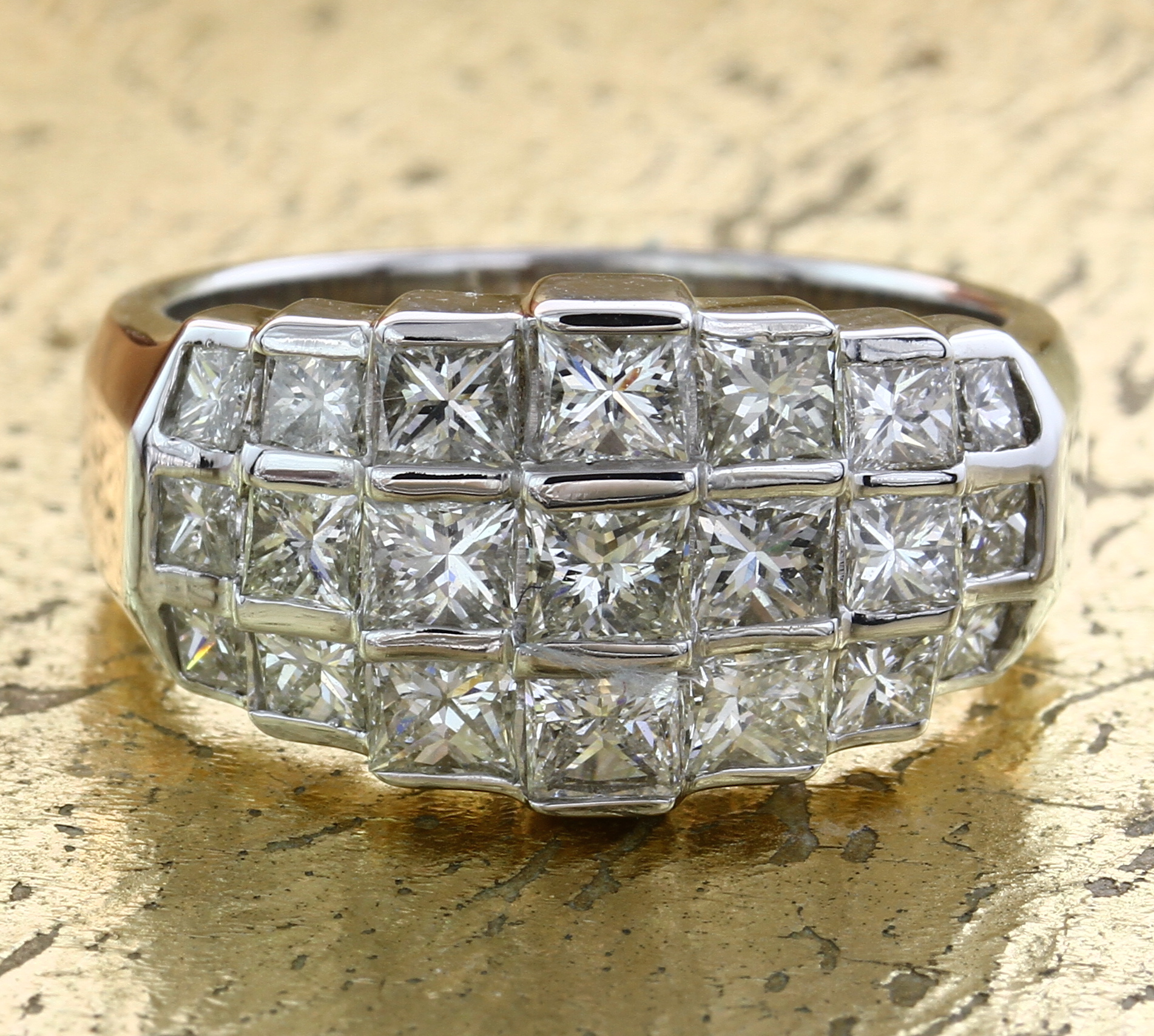 Cocktail Ring with Princess cut Diamonds - Item No: 0010393