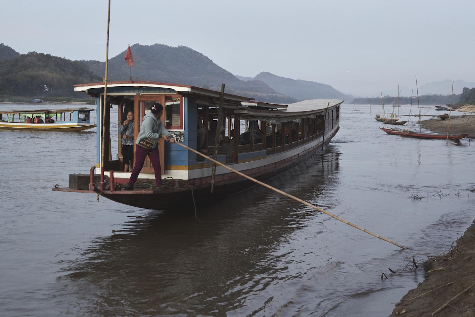 Khasar_S_SlowBoatDeparture_LuangPrabang_Laos_Winter_2014.jpg