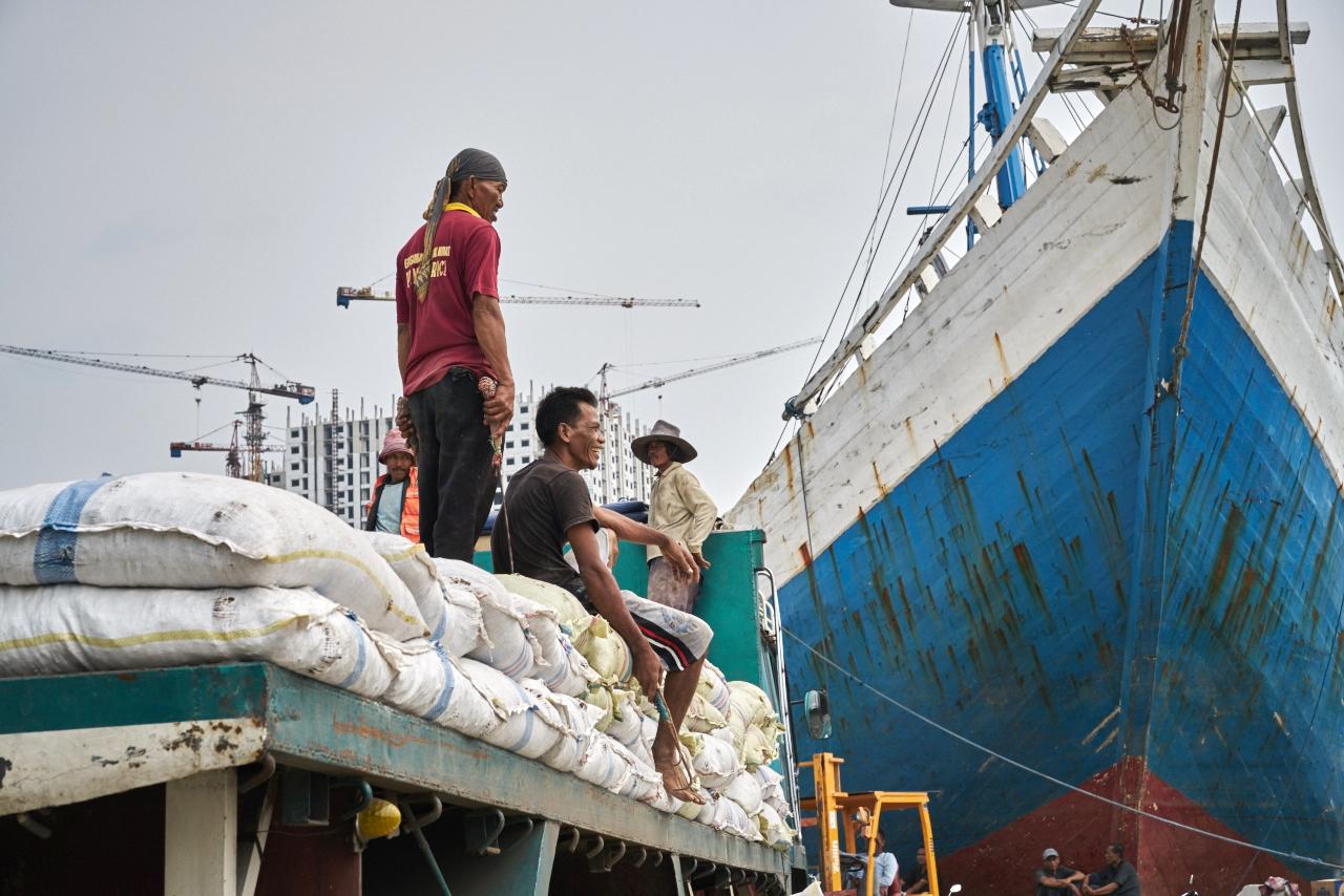 Sunda Kepala, world's oldest operating shipyard stories it must hold