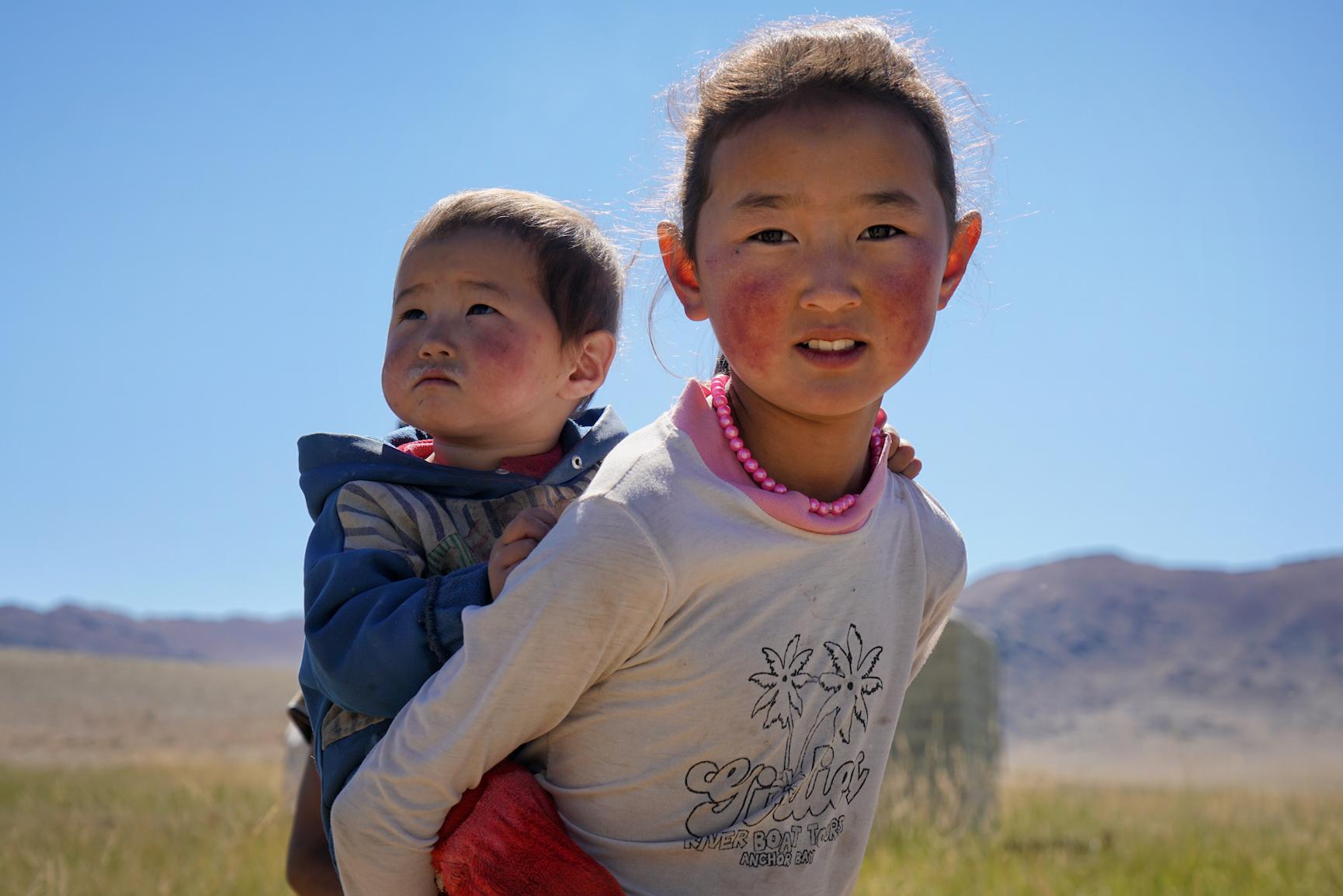 Khasar_S_BigSister_Sagsai_Mongolia_Summer_2016 2.png