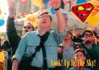 Mike carlin makes it onto a lois & clark trading card.