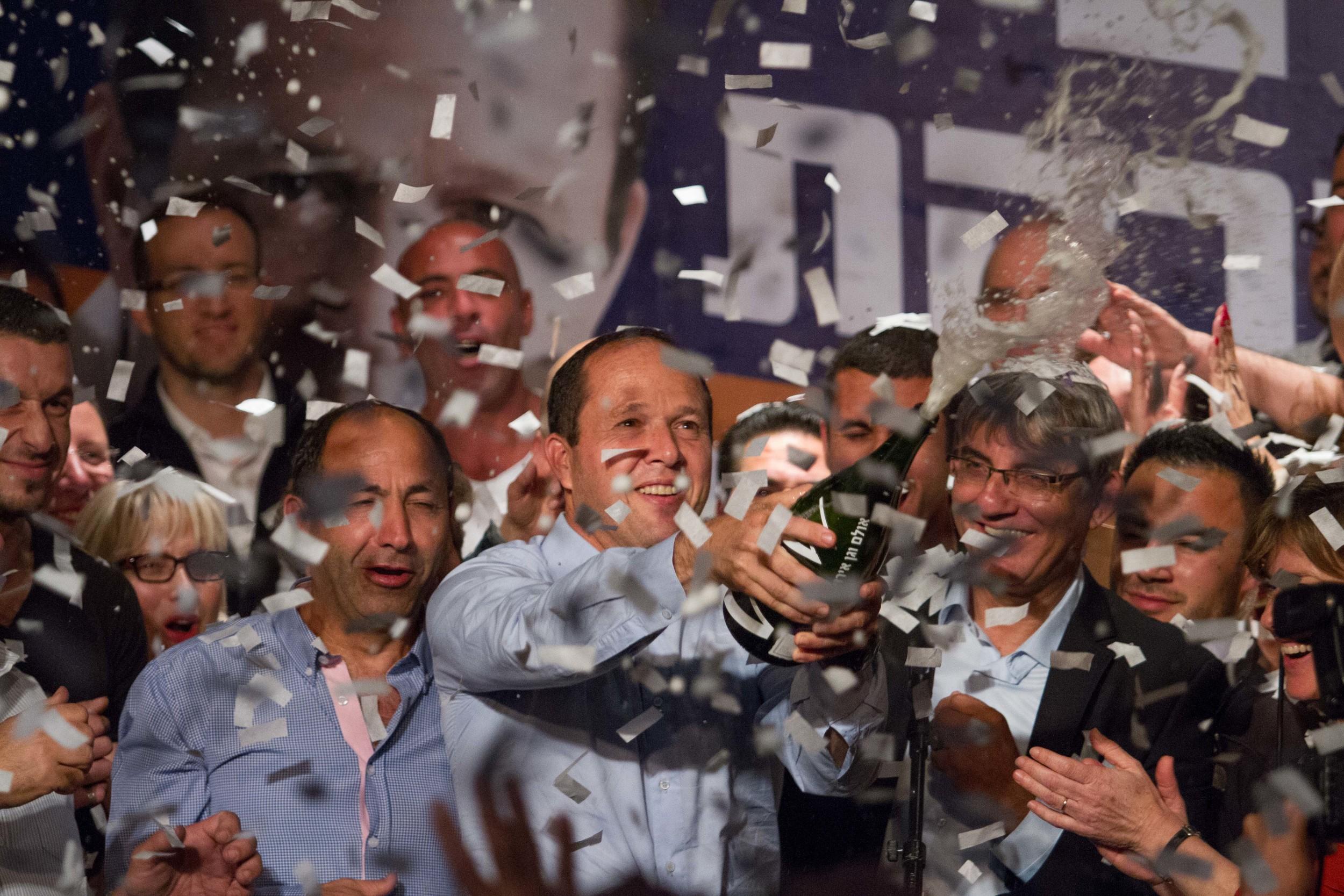 Nir Barkat wins the elections for m ayor ofJerusalem