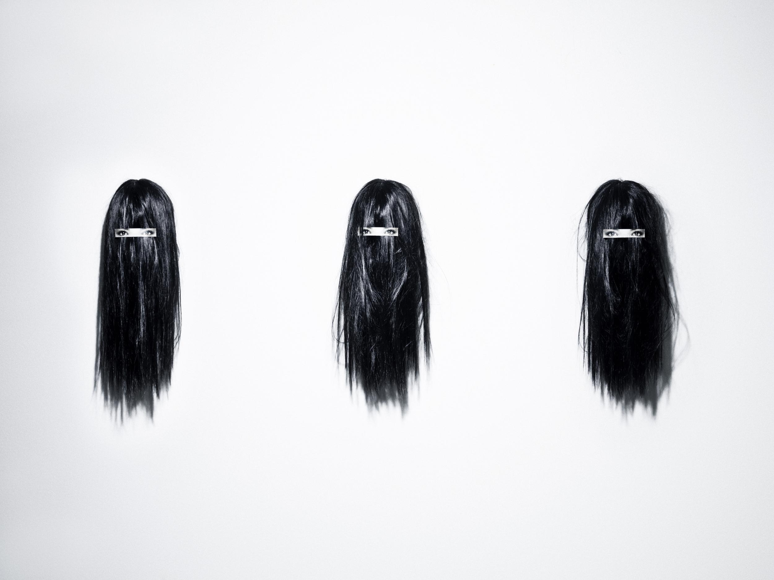 006_Hair clip on hair.jpg