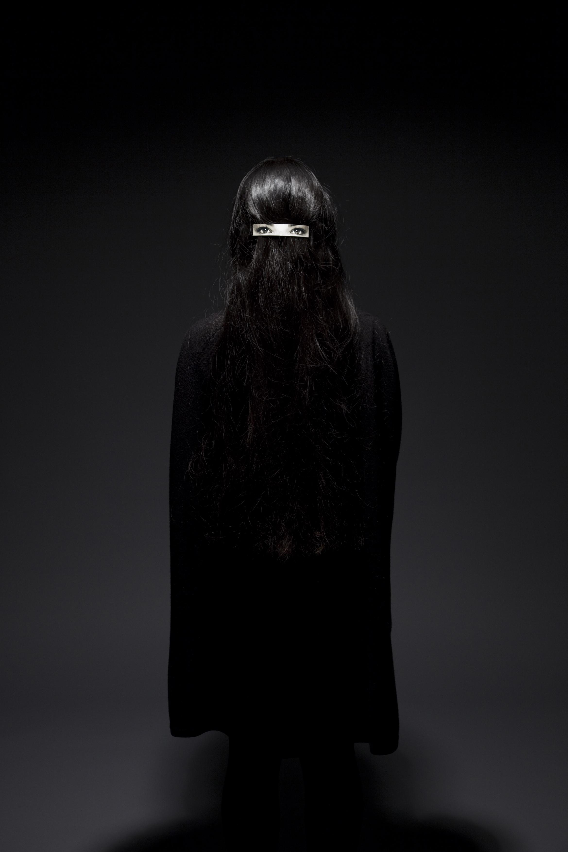001_Hair clip on hair.jpg