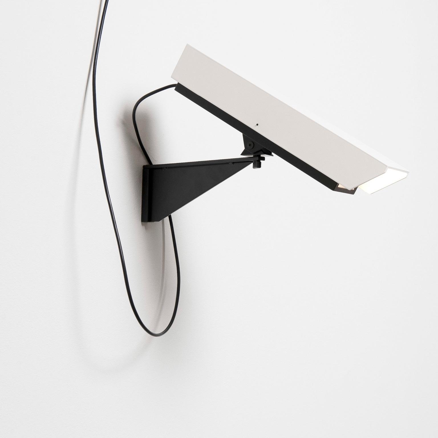 Surveillance Light Single, 2011