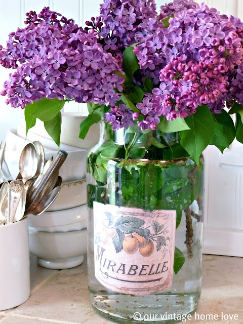 Lilac handamade table decorations