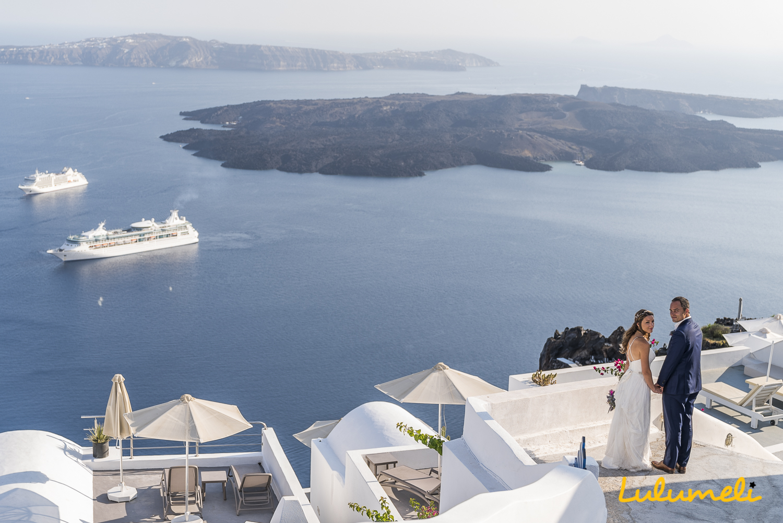 Θα προτιμήσω την θέα με την κίνηση των Κρουαζιερόπλοιων στην Φήρα πάρα την κίνηση στην Κηφισίας την ημέρα του γάμου μου.