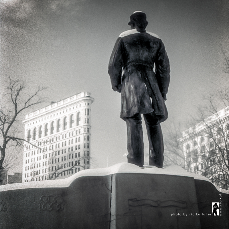 Farragut and the Flatiron - Winter